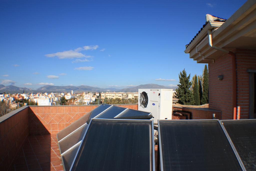 CHILLING-PLANT-AND-SOLAR-PANELS-6 casa venta granada imagen