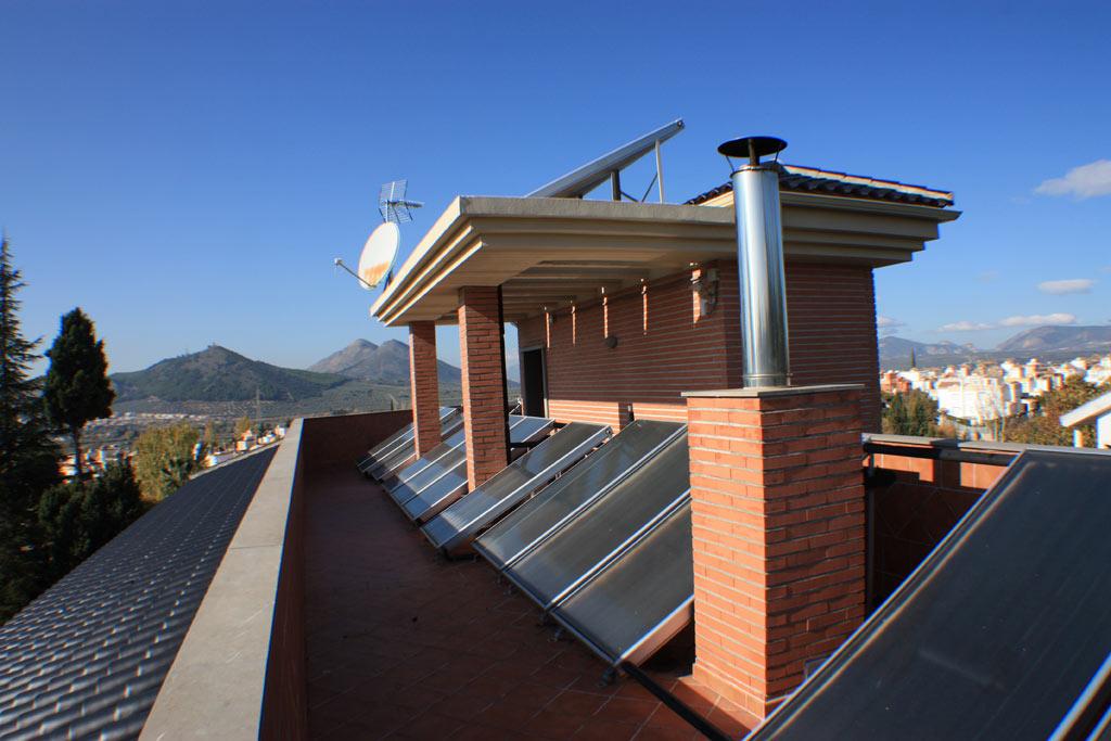 CHILLING-PLANT-AND-SOLAR-PANELS-9 casa venta granada imagen