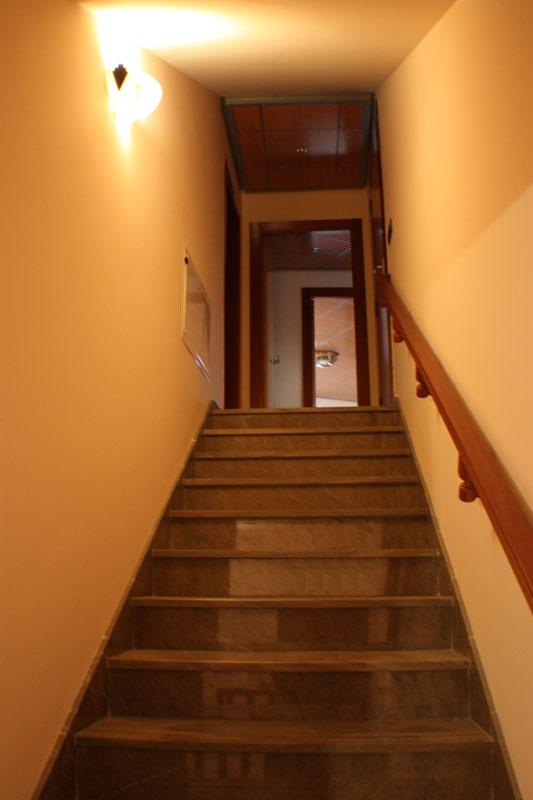 LIFT-AND-STAIRS-AREA-3 casa lujo venta granada imagen