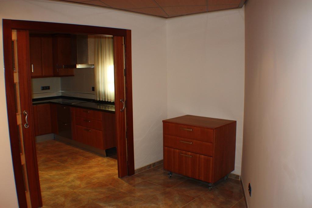KITCHEN_PANTRY34 casa en venta granada imagen