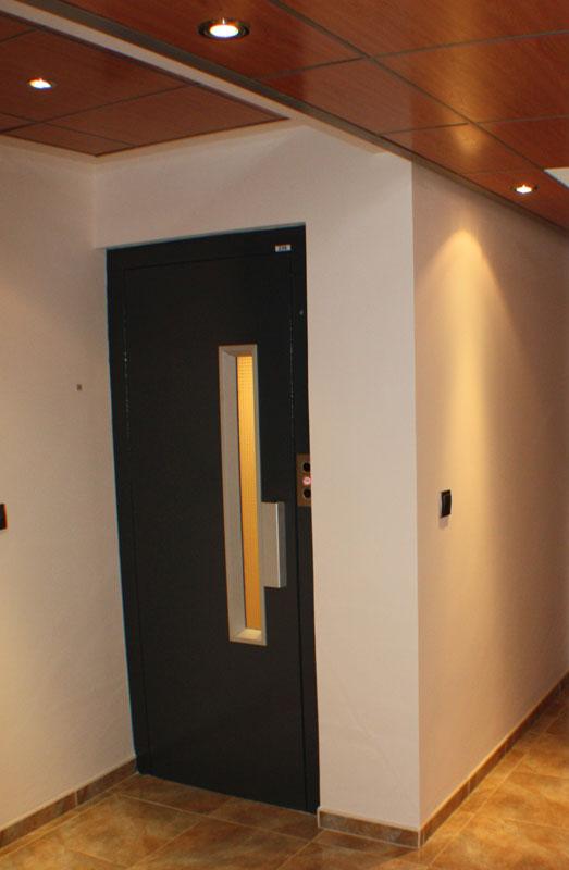 STAIRCASE-FLOOR-01-TO-02-1 casa lujo venta granada imagen